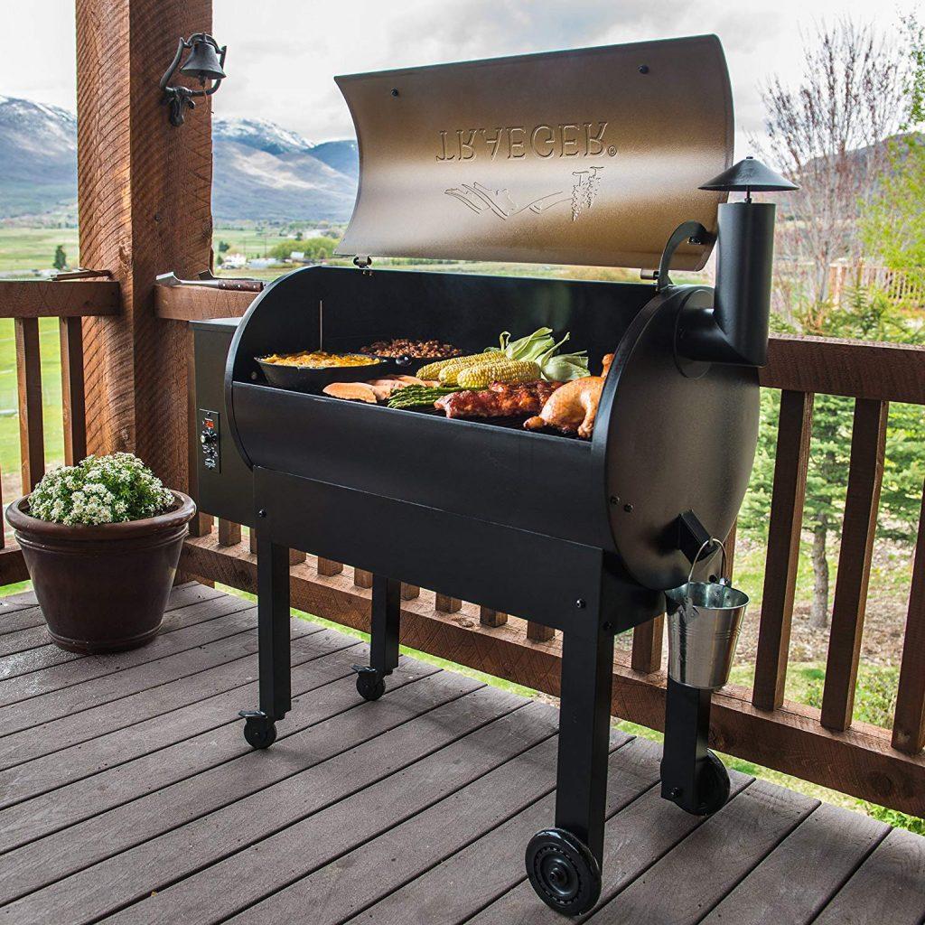 Traeger Grills TFB65LZBC Texas Elite 34 Wood Pellet Grill