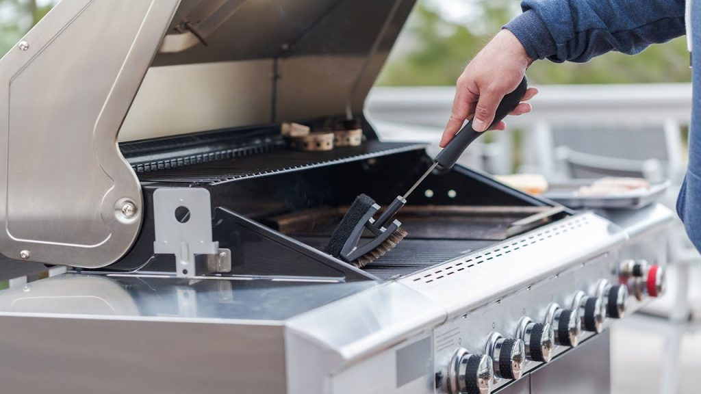 Best Way to Clean a Barbecue Gas Grill