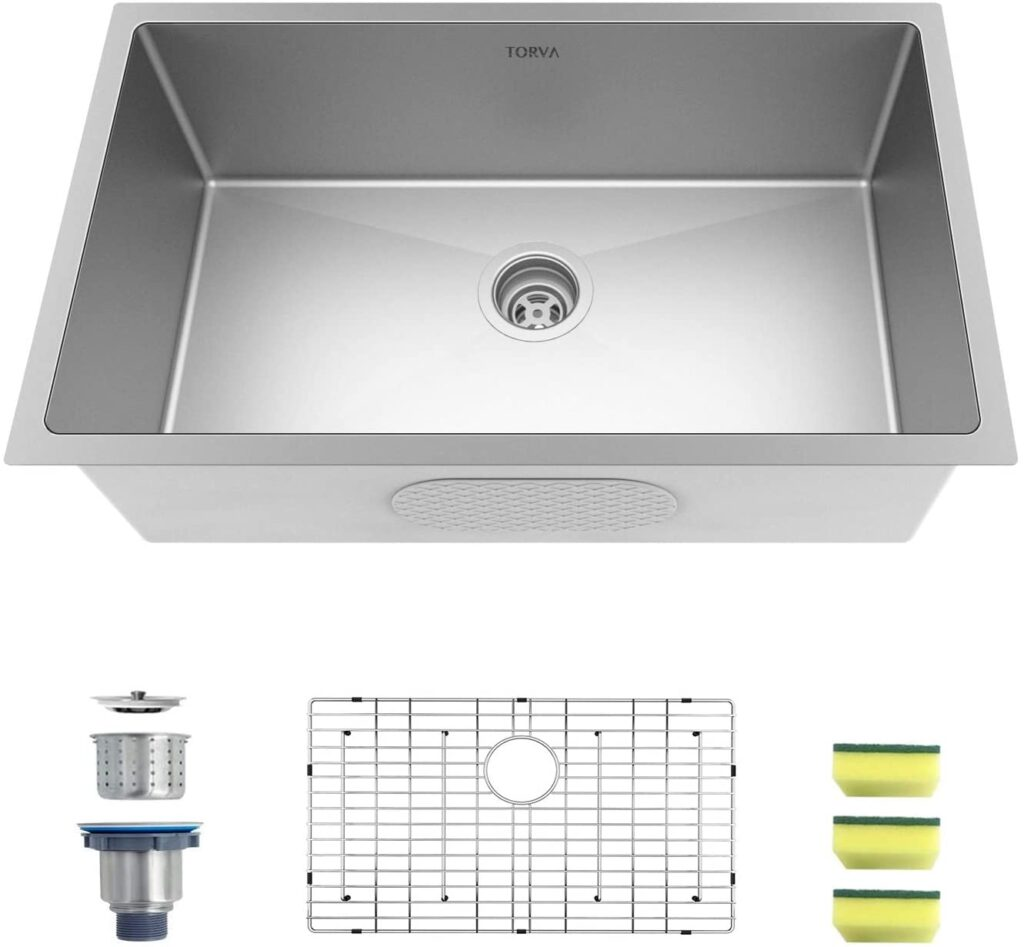 TORVA 30-inch Undermount Kitchen Sink